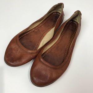 Frye Carson ballet brown leather flat women's 7.5